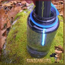 Le purificateur d'eau potable Steripen Adventurer Opti UV offre un traitement ultra violet de l'eau potable randonnée